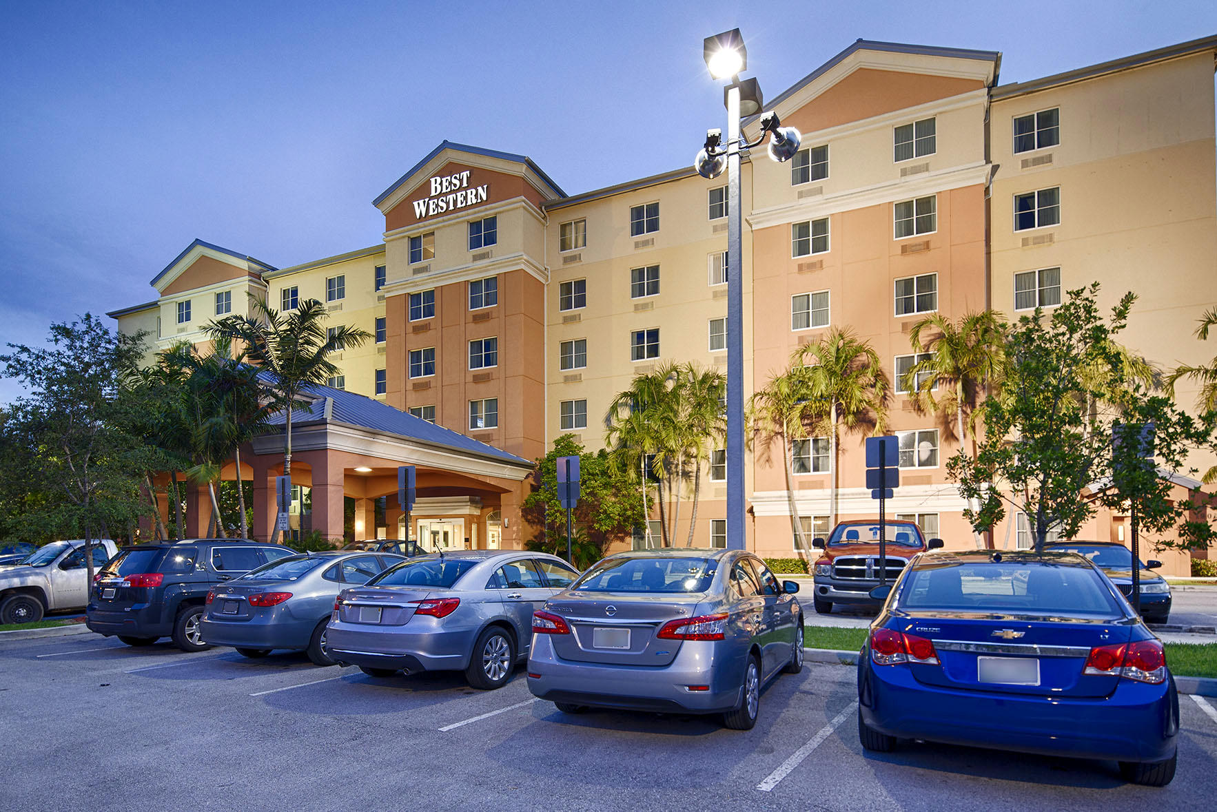Hotels iras group for Best hotel group